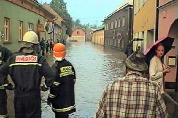 Povodeň (r. 2002)