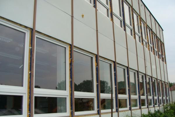 2009 Výměna oken přístavby školy
