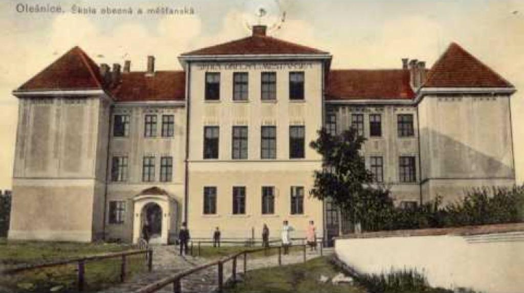 Rekonstrukce Základní školy v Olešnici