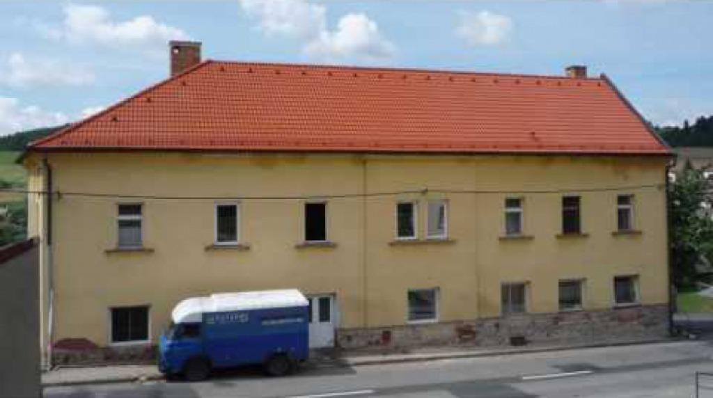 Oprava fasády lékařského střediska
